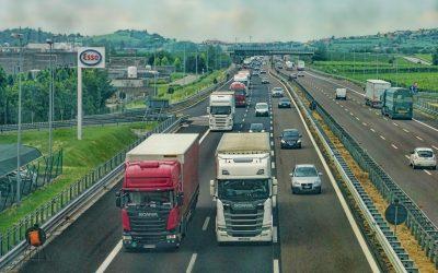 Observatorio del Transporte: 353.800 vehículos de transporte de servicio público y 5,54 millones de toneladas